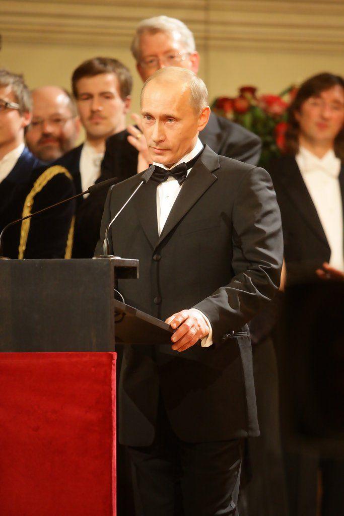 Vladimir Putin Photos Photos Semper Opernball Vladimir Putin Putin Vladimir