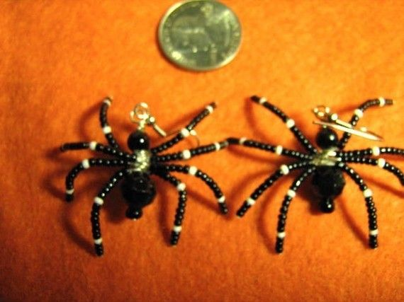 realistic looking spider earrings by mysticbeader on Etsy, $6.00