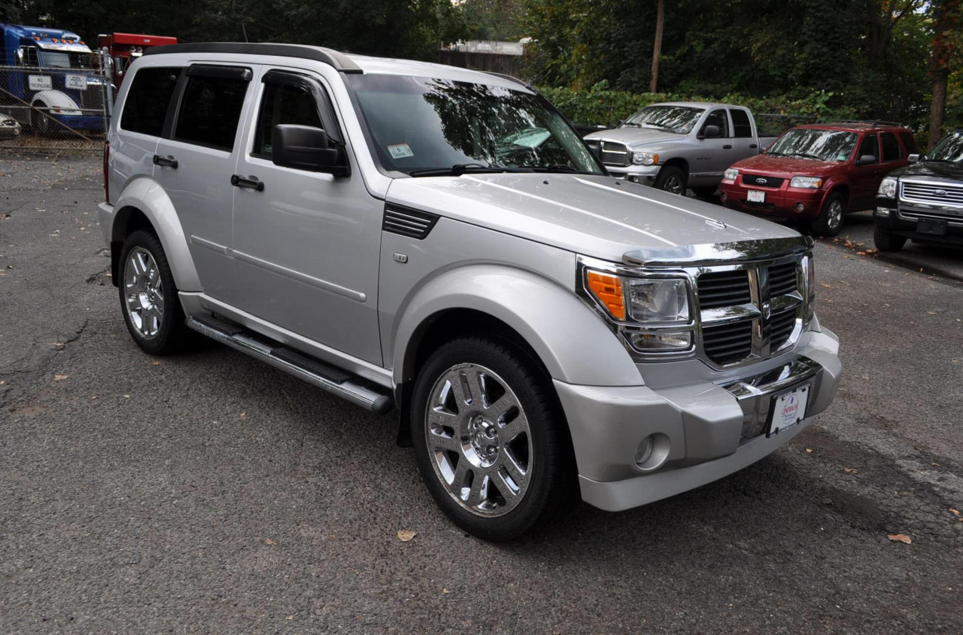 Dodge nitro photos and specs photo nitro dodge usa and 26 perfect photos of dodge nitro
