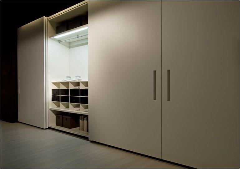 Armarios lema puerta corredera coplanar muebles de - Mueble puertas correderas ...