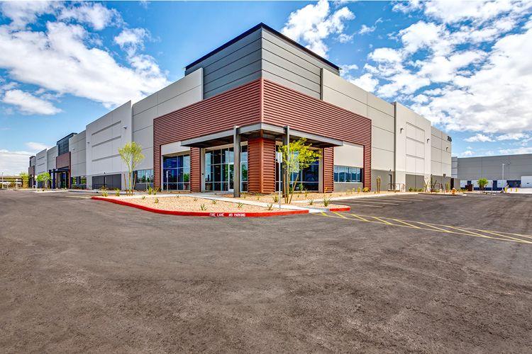 Cbre Sells Freeway Logistics Complex For 28 6m Logistics
