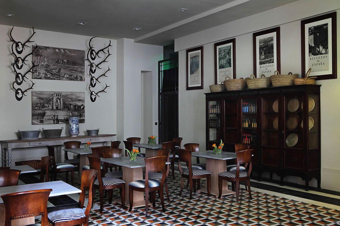 "Restaurant ""Hispania"", designed by Lorenzo Castillo, London, UK"