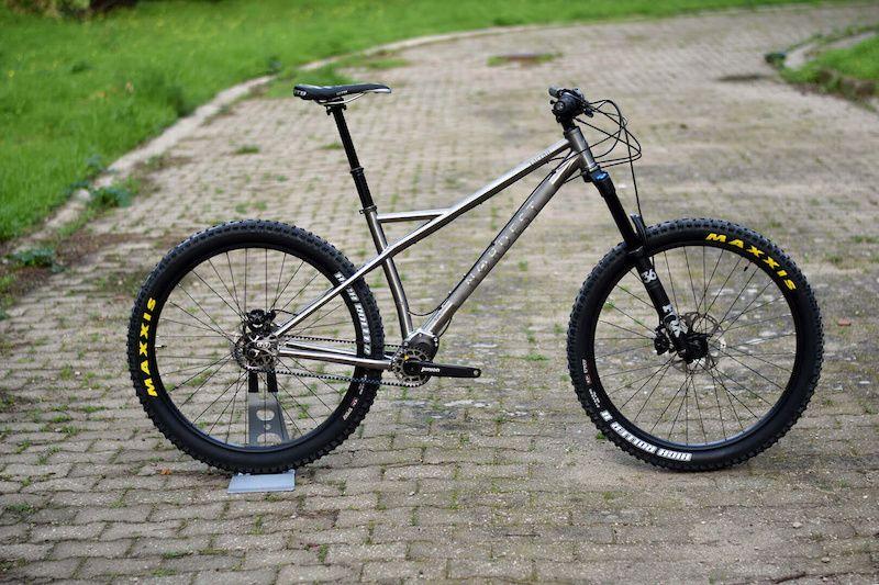 Nordest Cycles Introduces A Titanium Cycle Titanium Bike Cross