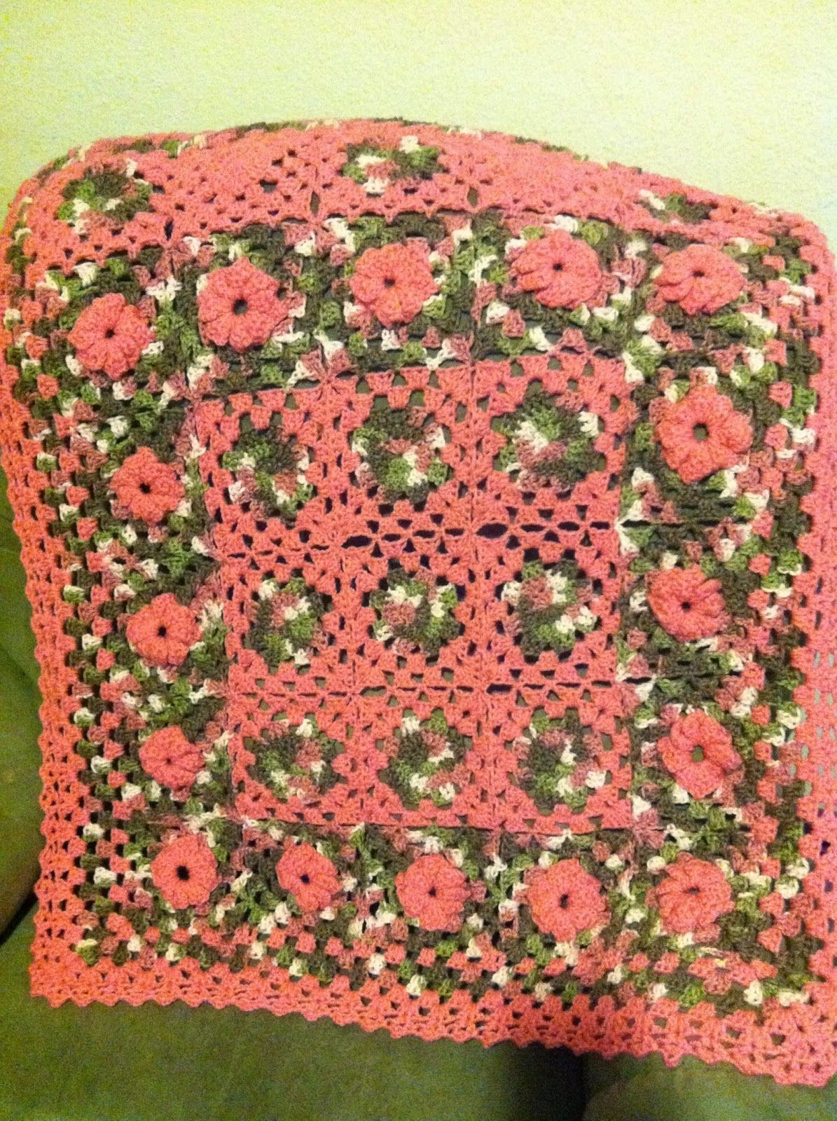 Treasures Made From Yarn: Pink Granny Square Blanket   Crochet and ...