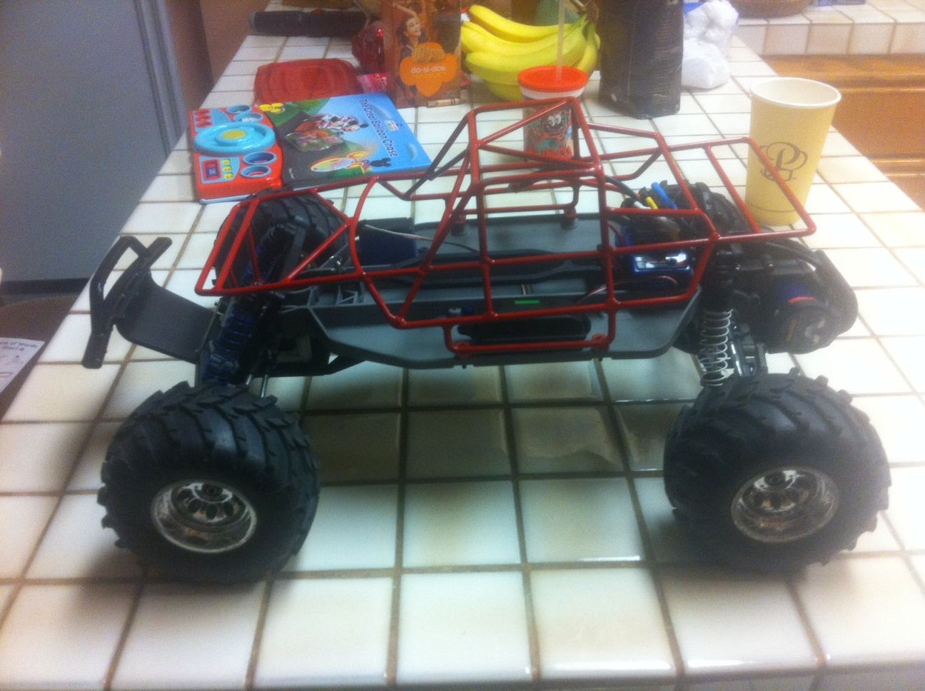 custom roll caged out 2wd traxxas slash monster truck [ 1296 x 968 Pixel ]