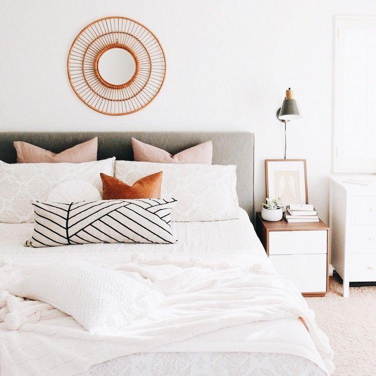 Light Airy Bedroom Decor Chic Master Bedroom Bedroom Inspirations Modern Bedroom Decor