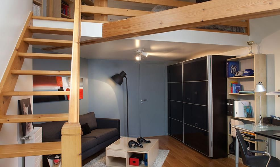 Chambre d\'ado avec escalier conduisant à la mezzanine | Chambre ...