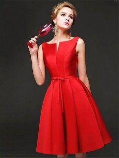 Robe demoiselle d 39 honneur rouge courte satin chic maid for Robes de mariage de la ville de kansas