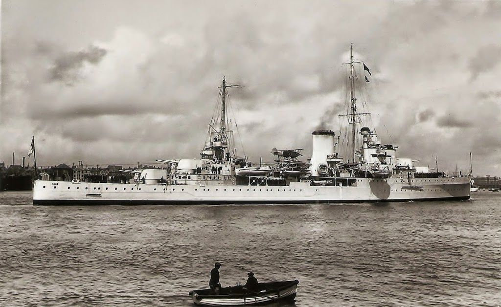 The Leander Class Light Cruiser Hms Ajax 22 Built By Vickers