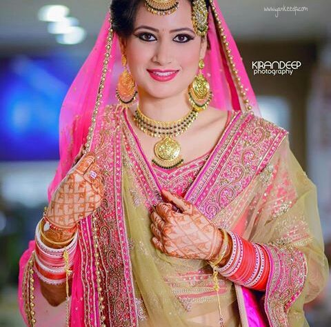 Punjabi Wedding Suits Nivetas Punjabi Wedding Couple Indian Wedding Bride Mens Wedding Attire