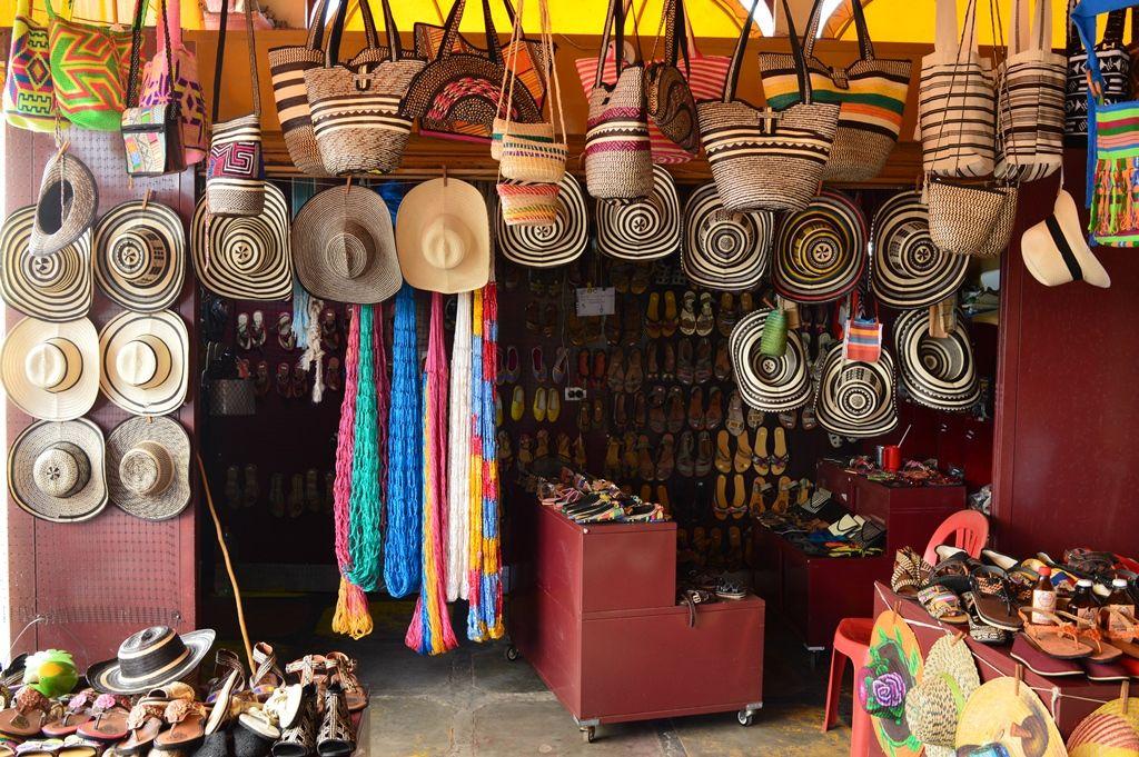 En El Mercado De Santa Cruz De Lorica Encontraras Artesanías
