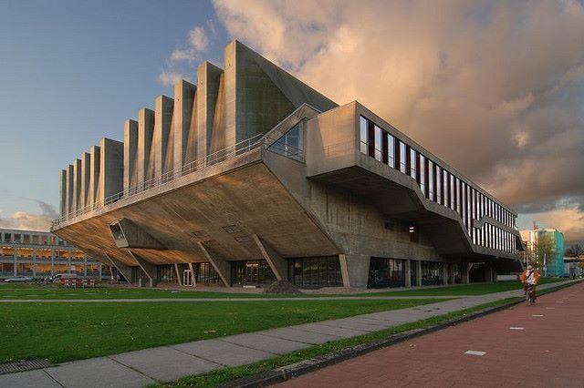 Aula Technical University Delft (1966) Delft, Netherlands. Johannes van den Broek, Jaap Bakema.