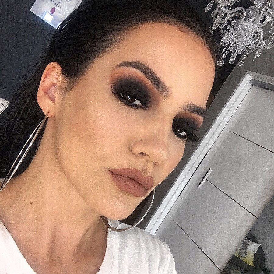 "Ana Šćurla Makeup Artist on Instagram ""Smoked out"
