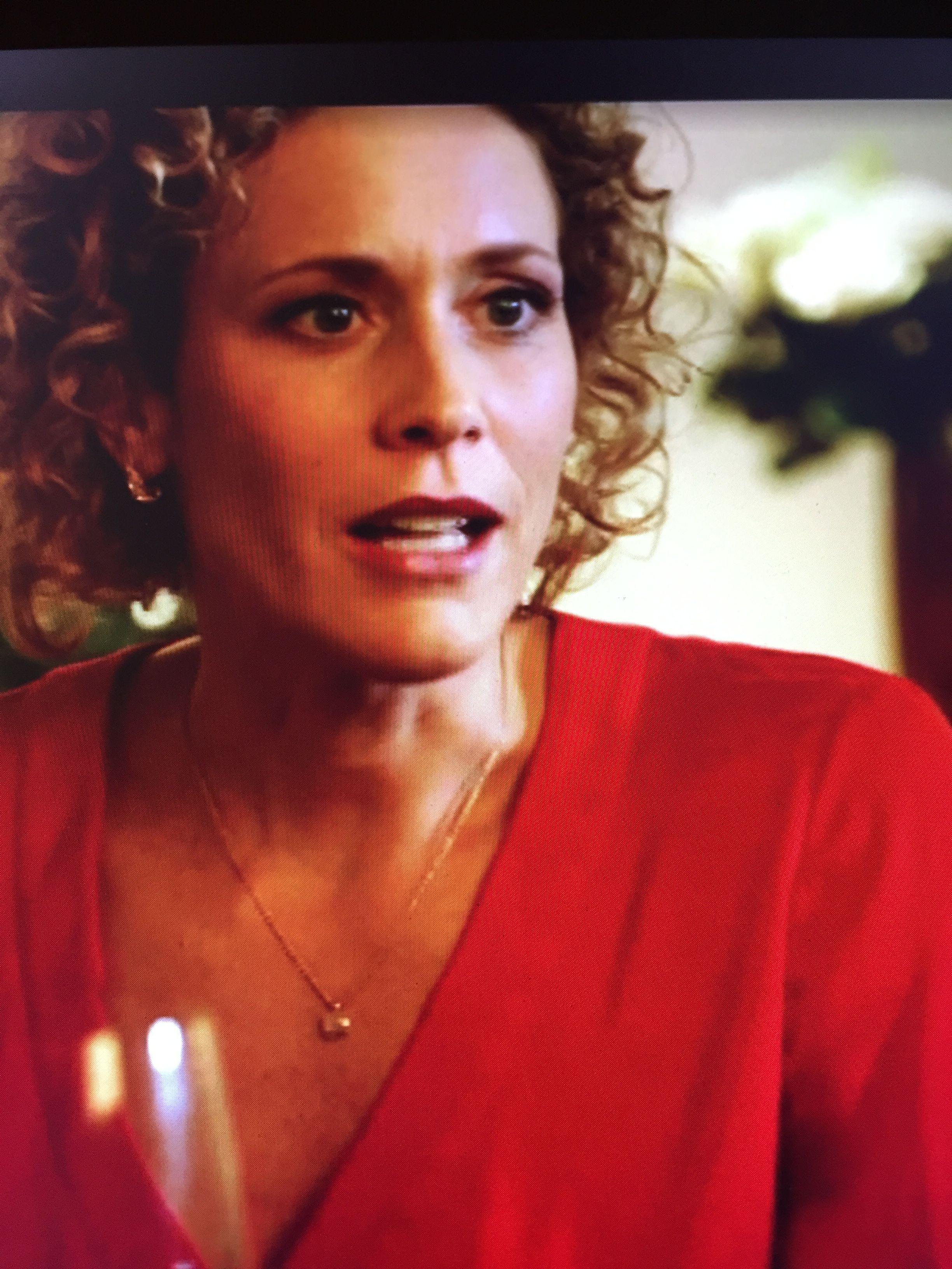 Helena (Claudia Hiersche) Betty's Diagnose Sonhos