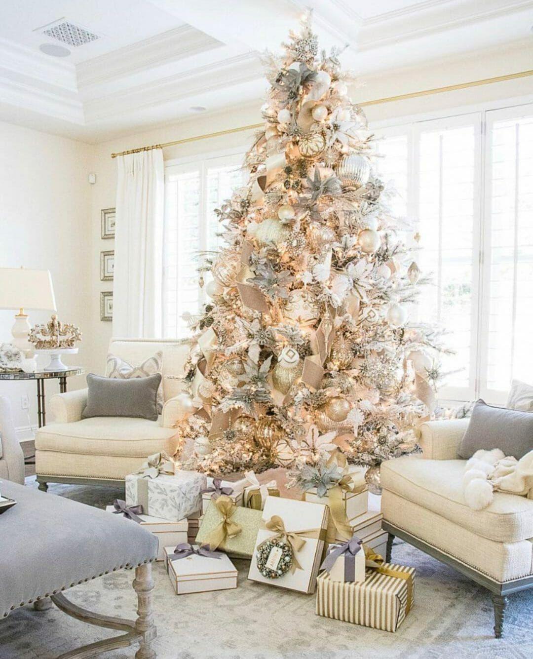 40 Stunning Christmas Tree Ideas Your Family Will Love Christmas Apartment White Christmas Decor Elegant Christmas Trees