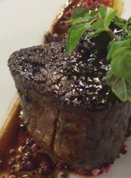 Pomalý grilovaný steak z hovädzej sviečkovice