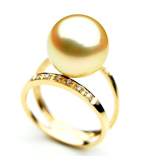 Express Your Love To Her With A Pearl Ring High Qaulity Rings Online