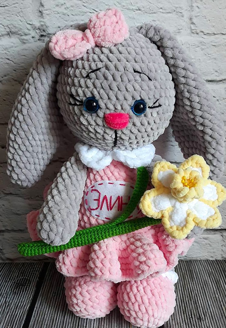 Berry Patch Bunny Boy Version - A Free Amigurumi Pattern   Lapin ...   1080x744