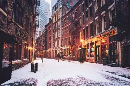 New York City A Rush Of Warmth To The Skin When The Cold Ny Through The Lens New York City Photography Stone Street Nyc New York Snow Visit New York City