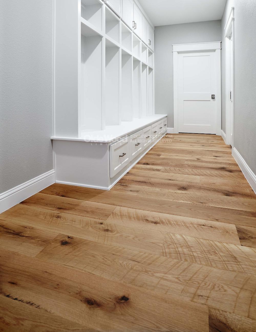 Rustic Mountain Oak Plank Flooring (With images) Oak