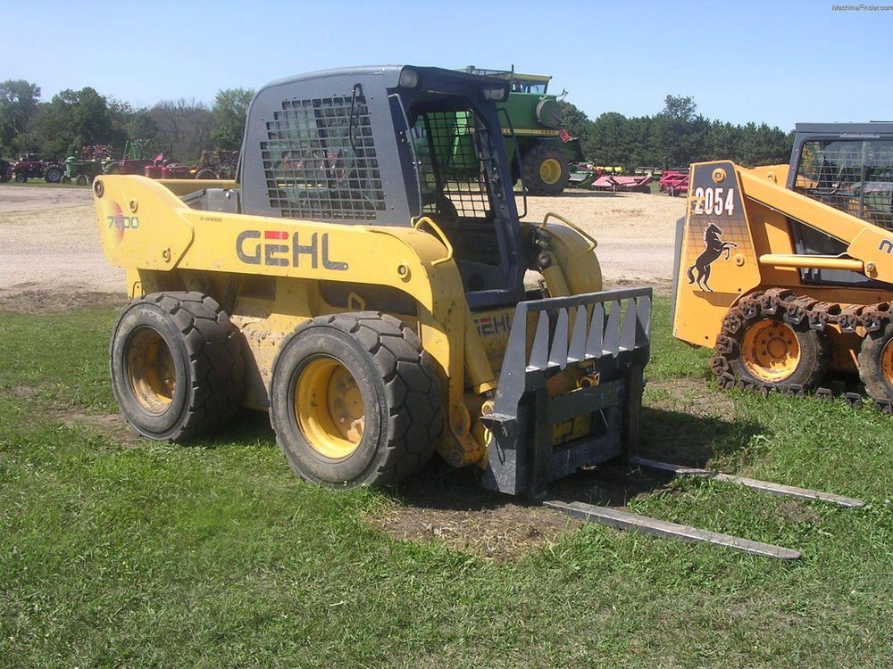 Gehl 7600 Skid Steer Loader | Skid Steer Loaders | Skid steer loader