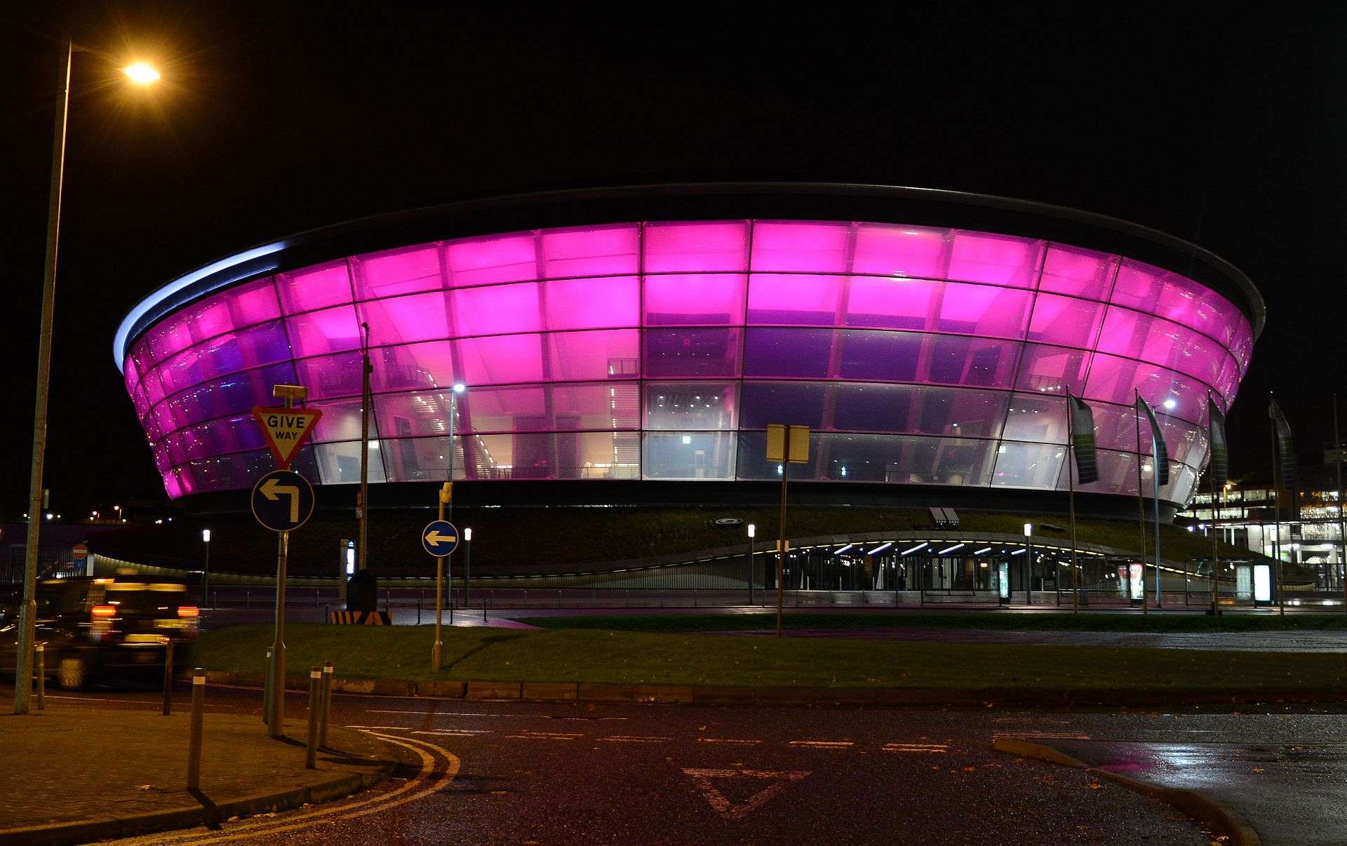 The sse hydro turns pink for breast cancer research day wear it pink friday 25 october image courtesy of getty