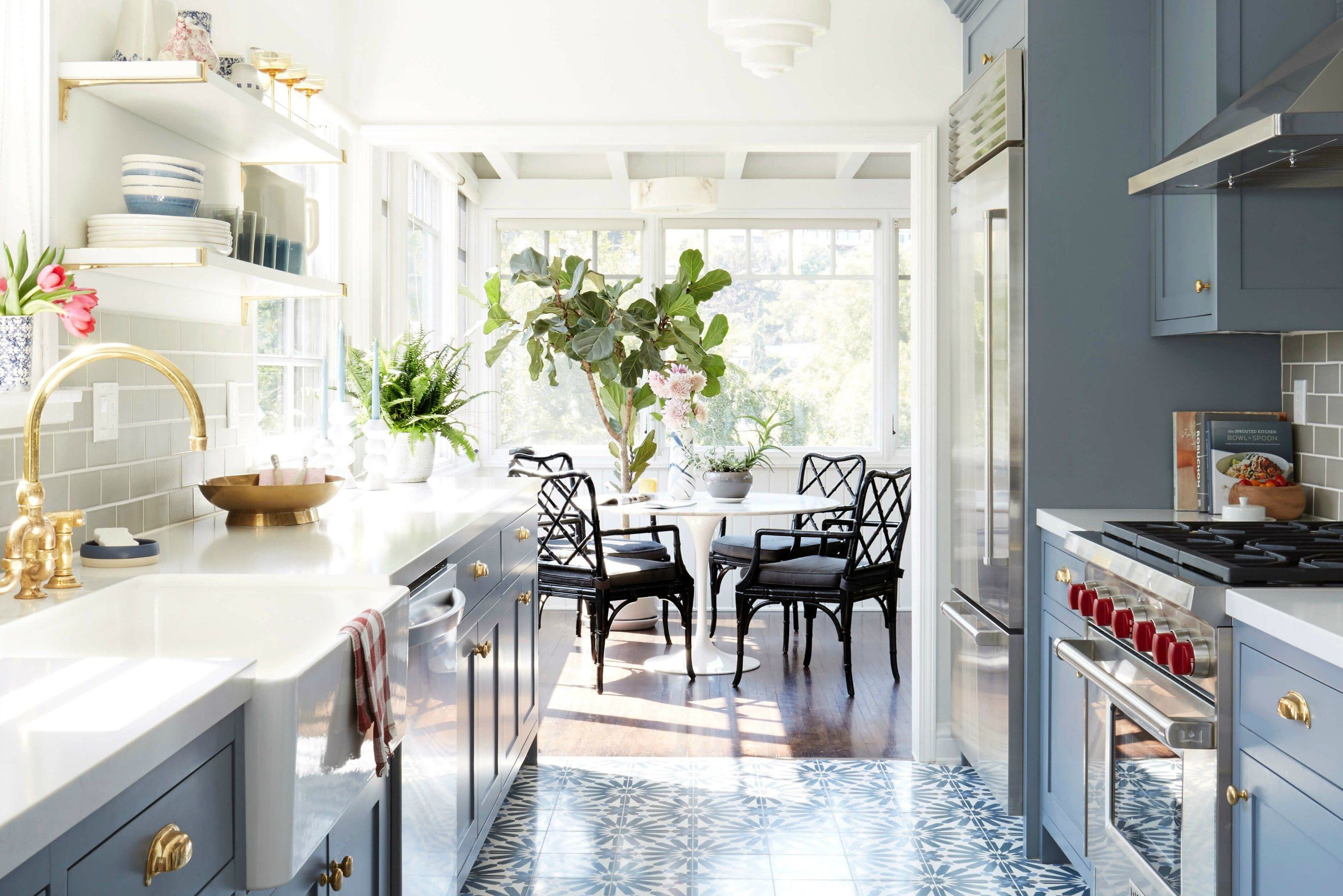 How to Make the Most of Your Galley Kitchen Small galley