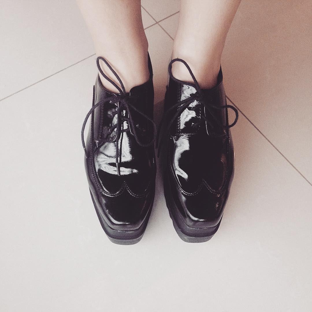 """Zapatos charolados de Mr. Fox #mrfoxbuenosaires #mrfox #mitiendanube #shoes #abotinado"""""""