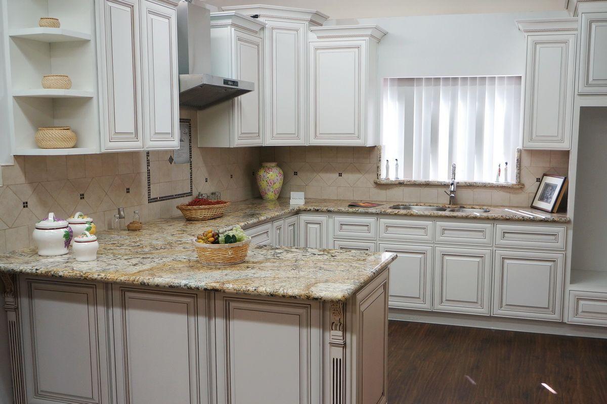 27 Antique White Kitchen Cabinets [Amazing Photos Gallery | Kitchen ...