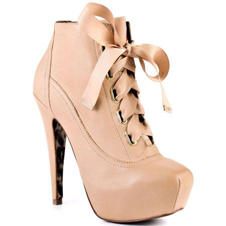 BETSEY JOHNSON : TALES - NUDE LEATHER