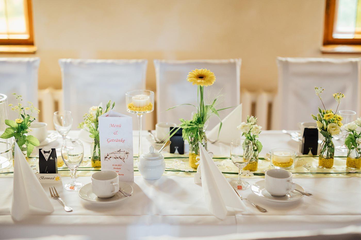 ca.60 Rosenblätter basteln deko Hochzeit verzieren Tischdeko Taufe Kommunion