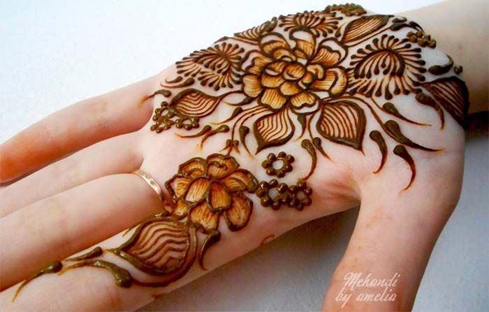 Inai Party Mehndi Red Cone : Wrist mehndi design for bride youtube download video