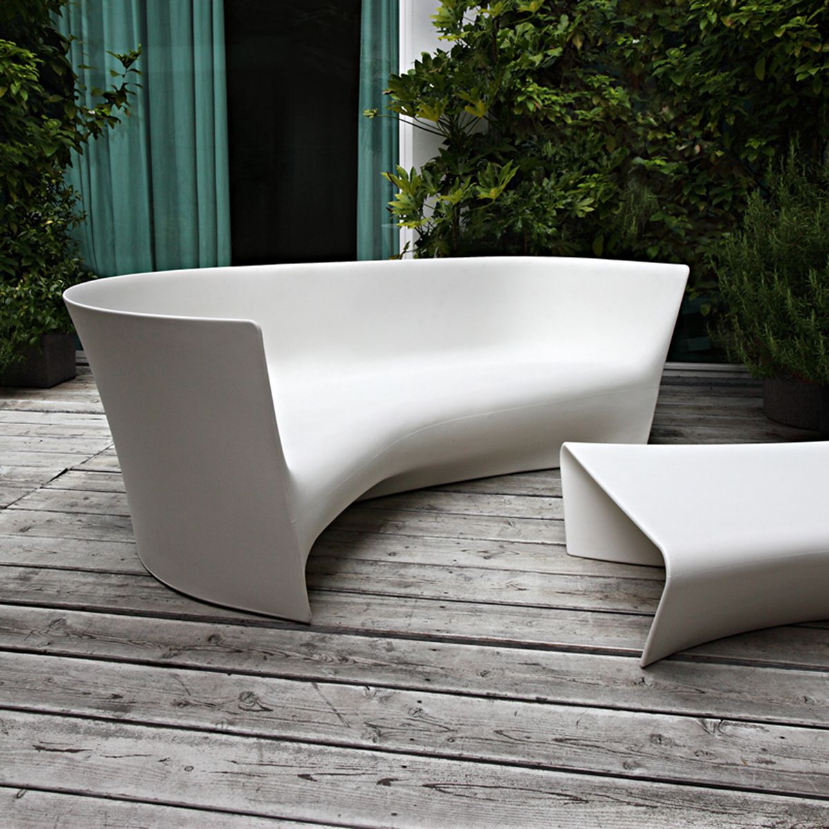 Plie Outdoor Sofa Rustikale Gartenmobel Moderne Gartenmobel Gartensofa