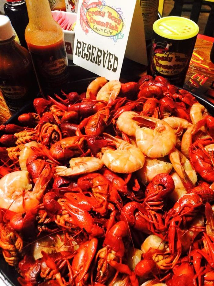 Here Are The 12 Best Restaurants In Louisiana To Get Boiled Crawfish