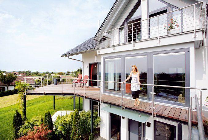 So zufrieden möchte wohl jeder mal auf seinem/ihrem Rundum-Balkon - markisen fur balkon design ideen