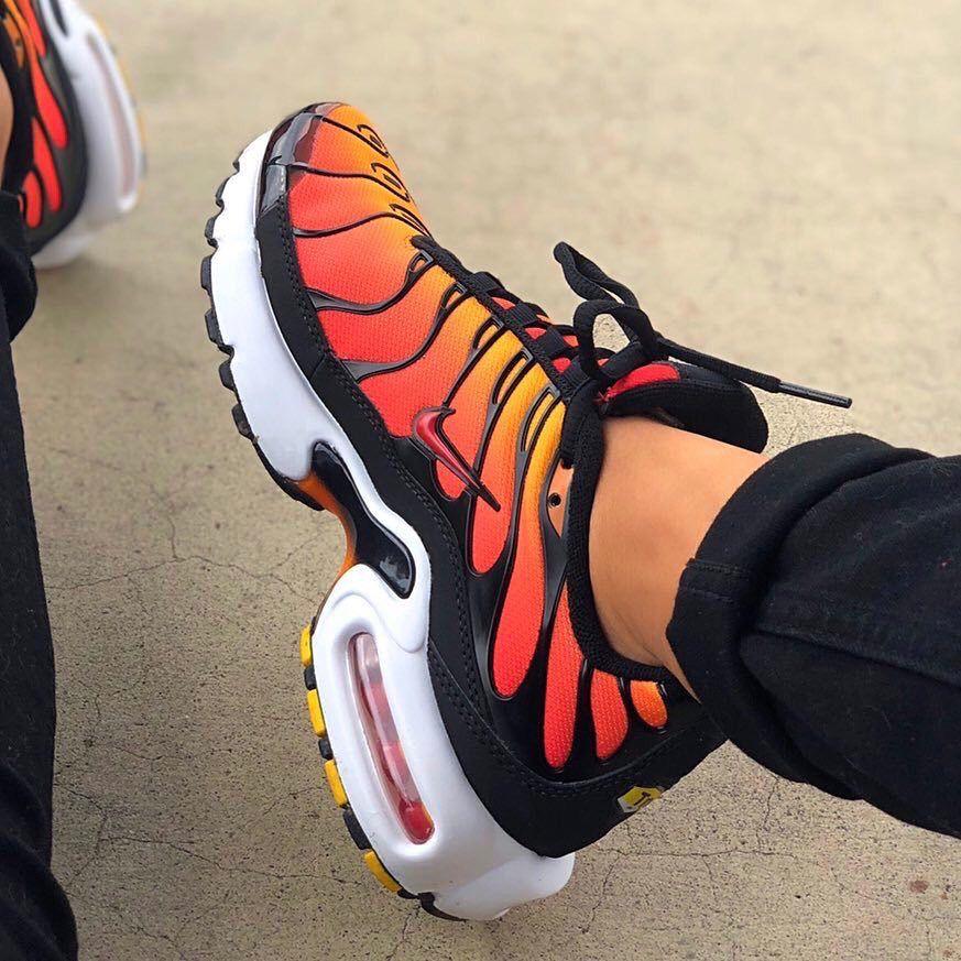 Nike air max plus  streetstyle  streetwear  fitness  gym  nike  casual   style  fashion  baddie  sneakers b34fba951