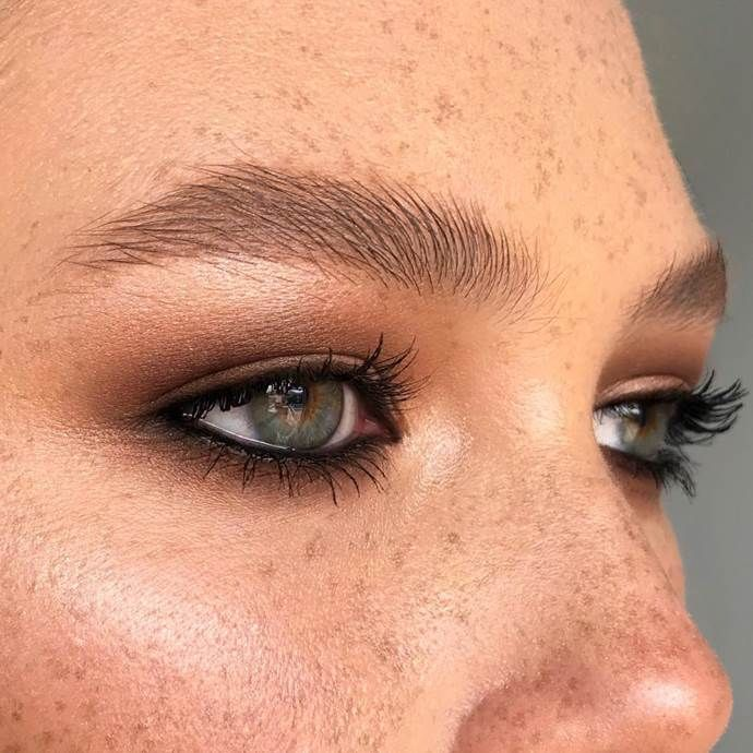 The 6 Eyebrow Trends That Will Dominate 2020