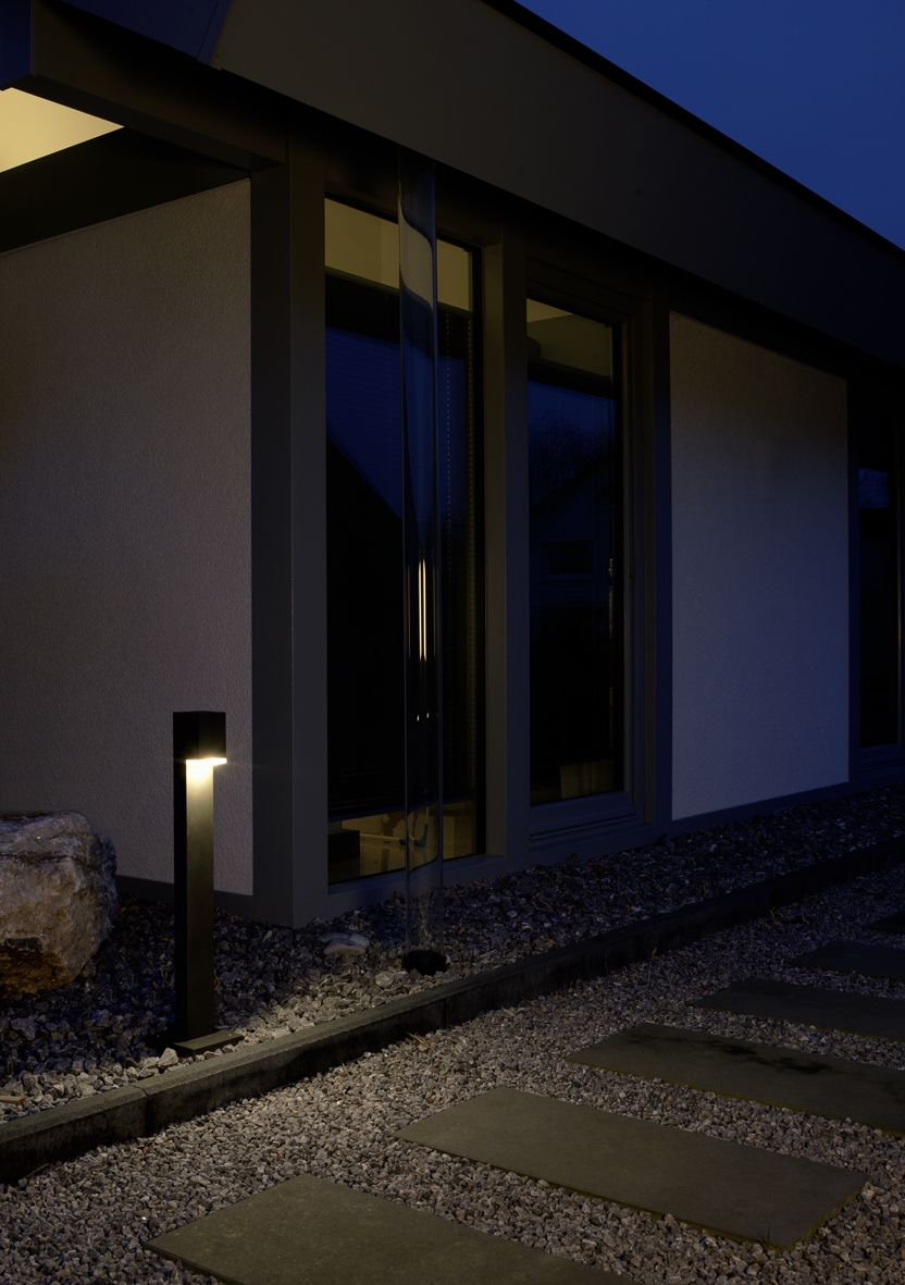 662065 622265 Wegeleuchte Pollerleuchte Fur Den Privaten Oder Offentlichen Bereich Modernes Design Mit Klarer Linie Garden Lighting Pathways Entrance