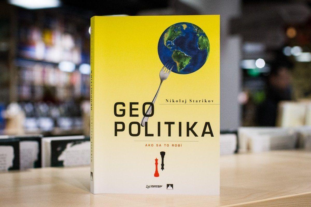 Autor Nikolaj Starikov píše vknihe, na ktorú ministerstvo kultúry dalo dvetisíc eur, osprisahaní USA aAnglicka proti Rusku aČíne.
