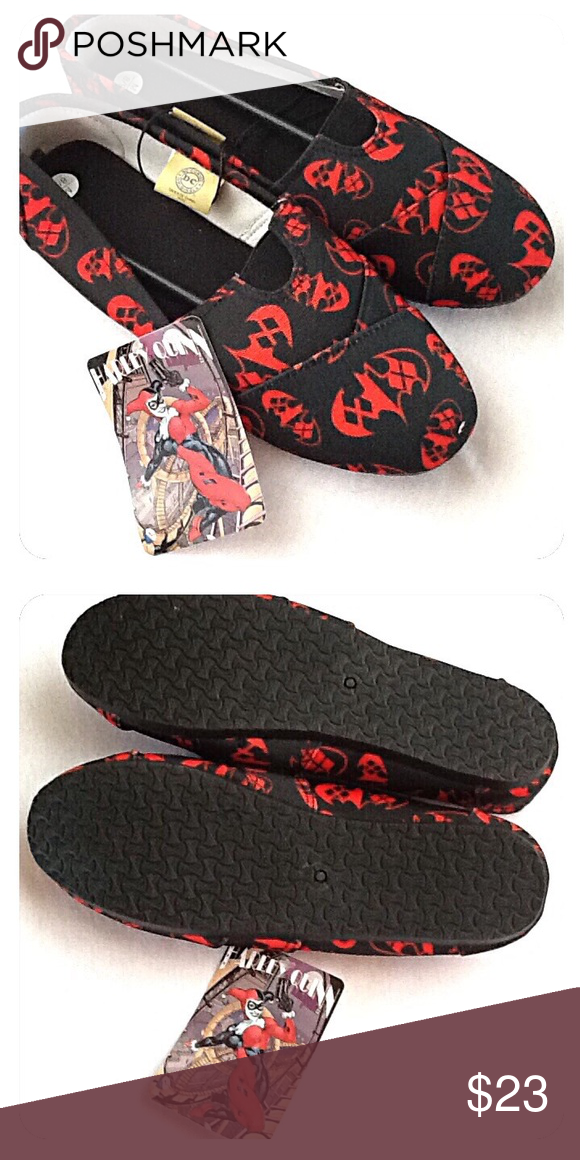 6ce0b55c481a Harley Quinn Slip-On Flats Sneakers NEW w TAGS! These DC comics slip-on  shoes feature an allover black and red Harley Quinn Batman logo print  design.