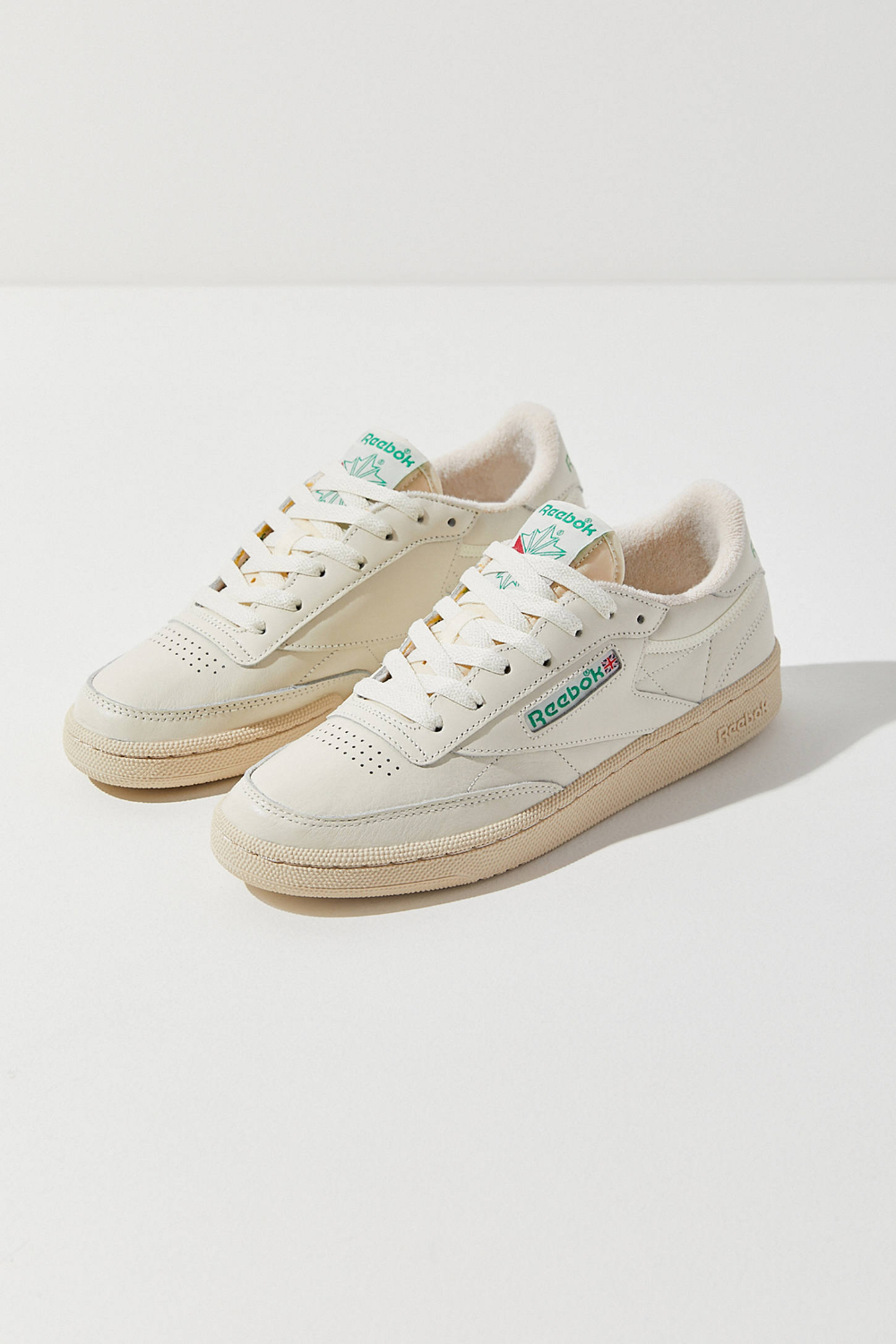 Reebok Classic men's trainers all white leather with Depop