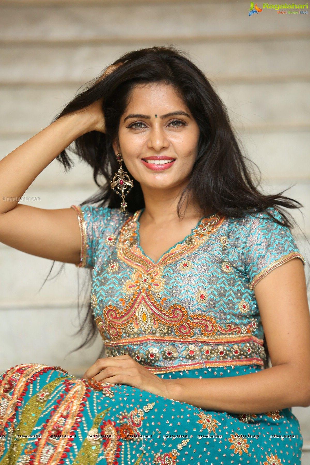 madhumitha image 24 | telugu heroines photos,images