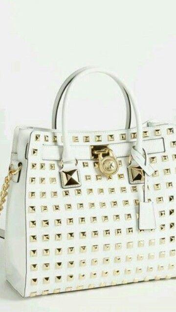 5b8dfeb321d7 White n Gold 💝