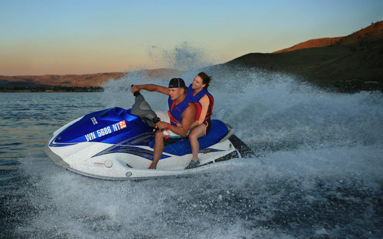 Jet skiing and boat rentals on lake chelan boat rental