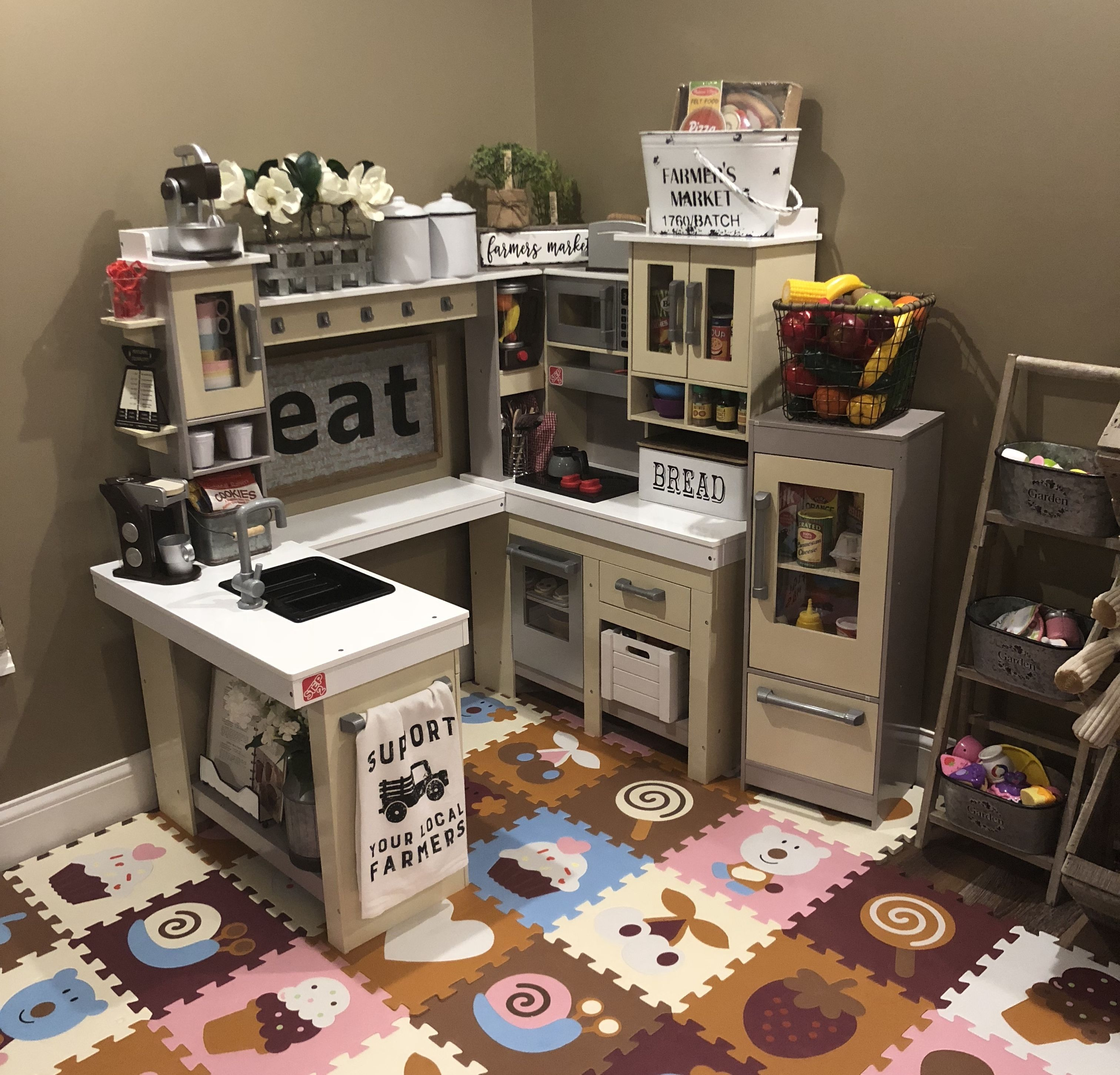 Step 2 Grand Walk In Wood Kitchen Set Playroom Toy Ideas Kids Play Kitchen Toy Rooms Playroom