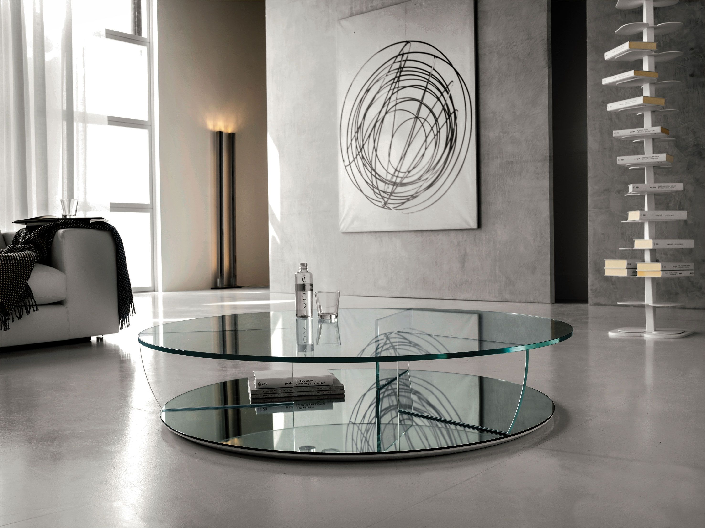 Kadir Coffee Table In Extra Clear Glass With Mirrored Glass Base Design Paolo Cattelan Coffee Table Table Cattelan Italia [ 2215 x 2953 Pixel ]