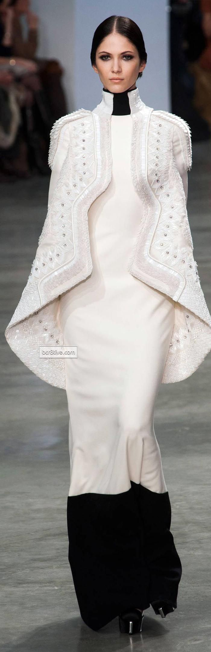 Stéphane Rolland Spring Summer 2013-14 Haute Couture @}-,-;--