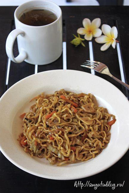 Лапша с овощами по индонезийски \ Fried vegetables noodle. #food, #noodle, #vegetables, #recipes