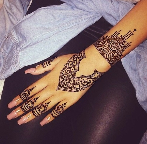 Henna Tattoo #black - girl #art, #nails | Creative Nail Art | Henna ...