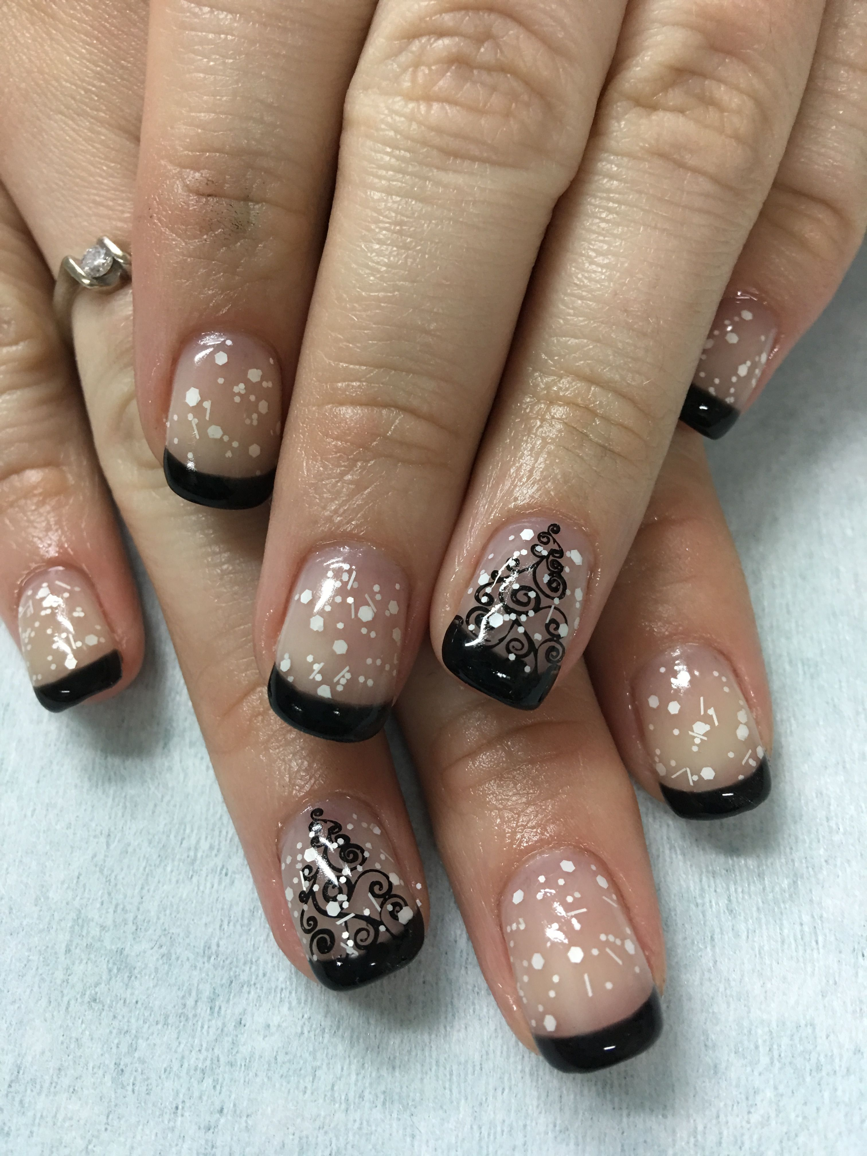 Christmas Winter Snowglobe Christmas Tree Black French gel nails